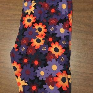 LulaRoe Leggings size TC fits 12-18 NWOT